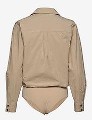 Gestuz - AdalineGZ shirt body MS20 - body - safari - 2