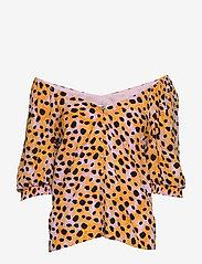 Gestuz - UrielGZ blouse - short-sleeved blouses - orange leo - 3
