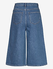 Gestuz - KinsleyGZ shorts AO20 - bermudy - light blue - 1