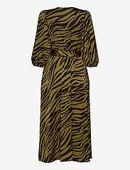 Gestuz - NadjaGZ wrap dress BZ - wrap dresses - army animal - 1