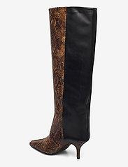 Gestuz - CianaGZ boots MA20 - höga stövlar - brown embossed - 2