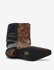 Gestuz - CianaGZ boots MA20 - höga stövlar - brown embossed - 4