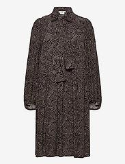 Gestuz - TikaGZ dress SO21 - midi kjoler - brown strokes - 1