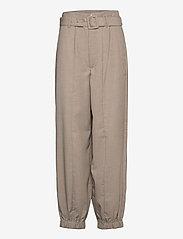 Gestuz - ViraGZ pants SO21 - bukser med lige ben - walnut - 1