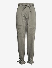 Gestuz - NeenaGZ HW pants - casual bukser - dark army - 1