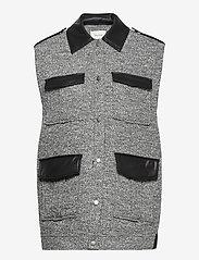 Gestuz - LucilaGZ waistcoat - puffer vests - herringbone dusty green - 1