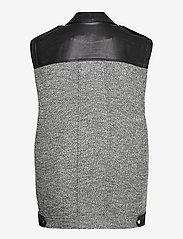 Gestuz - LucilaGZ waistcoat - puffer vests - herringbone dusty green - 2