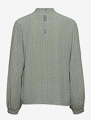 Gestuz - MoaGZ blouse MS21 - langærmede bluser - green logo - 2