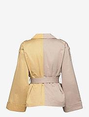 Gestuz - MaiGZ short trenchcoat - trenchcoats - pure cashmere - 2