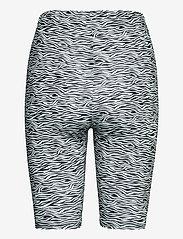 Gestuz - PiloGZ MW printed short tights - cykelshorts - grey wave - 2