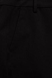 Gestuz - EsmaGZ cen slim pant NOOS - straight leg trousers - black - 2