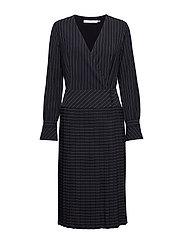 Tara dress MS19 - BLACK W. WHITE STRIPE