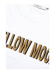 Gestuz - MoonGZ tee ZE1 19 - printed t-shirts - bright white - 3