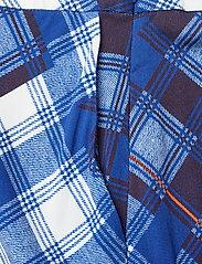 Gestuz - LuanneGZ skirt MA19 - midi - blue check - 3