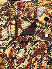 Gestuz - ChellaGZ pants MA19 - bukser med brede ben - red/yellow snake - 3