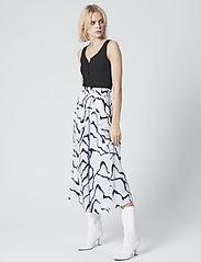 Gestuz - AylinGZ skirt MA19 - midi - blue ripple - 2