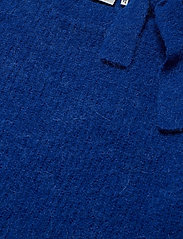Gestuz - NelaGZ pullover MA19 - neulepuserot - surf the web - 3