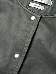 Gestuz - SuriGZ dress - juhlamekot - dark green - 2