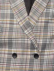 Gestuz - GinnieGZ blazer MA19 - bleiserit - red/yellow check - 3