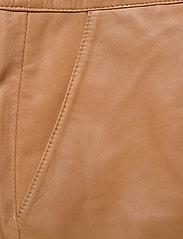 Gestuz - CharGZ mini skirt - lyhyet - bone brown - 3