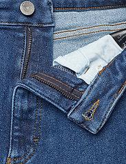 Gestuz - AstridGZ HW slim jeans NOOS - mom jeans - denim blue - 3