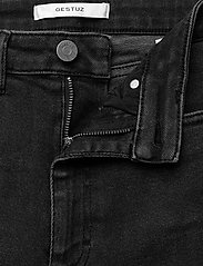 Gestuz - AstridGZ HW slim jeans NOOS - mom jeans - washed black - 4