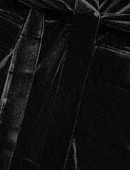 Gestuz - AdalizGZ blazer YE19 - vestes tailleur - black - 6