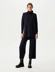 Gestuz - ThelmaGZ culotte - bukser med brede ben - navy melange - 0