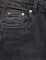 Gestuz - EmilindaGZ long jeans NOOS - jeans évasés - charcoal grey - 2