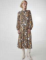 Gestuz - LoriGZ dress SO20 - midi kjoler - brown leo - 0