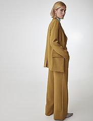 Gestuz - LiyaGZ blazer SO20 - blazere - bone brown - 4