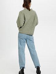 Gestuz - AlpiaGZ pullover MS20 - tröjor - soft green mealnge - 4