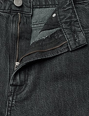 Gestuz - DacyGZ MOM jeans - straight regular - black - 4