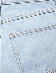 Gestuz - DacyGZ MOM jeans - straight regular - light blue vintage - 5