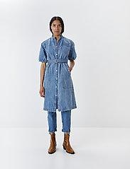 Gestuz - DacyGZ MOM jeans - straight regular - medium blue - 6
