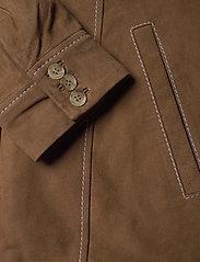 Gestuz - EllieGZ jacket HS20 - leather jackets - toffee - 4