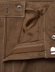 Gestuz - EllieGZ shorts HS20 - lederhosen - toffee - 3