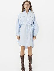 Gestuz - StaliaGZ OZ shirt dress - midi kjoler - xenon blue - 4