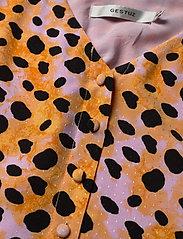 Gestuz - UrielGZ blouse - short-sleeved blouses - orange leo - 6