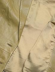 Gestuz - NaloaGZ blazer AO20 - oversized blazers - dried herb - 4