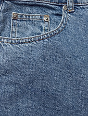 Gestuz - KinsleyGZ shorts AO20 - bermudy - light blue - 2