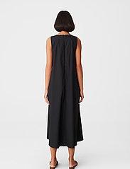 Gestuz - SoriGZ sl dress - hverdagskjoler - black - 3