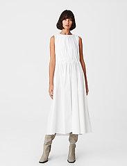 Gestuz - SoriGZ sl dress - hverdagskjoler - bright white - 0