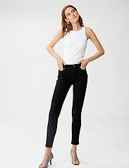 Gestuz - MaggieGZ MW skinny jeans NOOS black - skinny jeans - black - 0