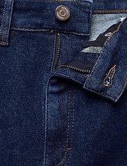Gestuz - AstridGZ HW slim jeans NOOS - slim jeans - denim blue - 3