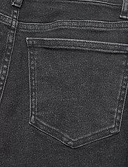 Gestuz - AstridGZ HW slim jeans NOOS - slim jeans - washed black - 5