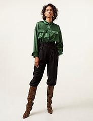 Gestuz - TikkiGZ shirt MA20 - blouses à manches longues - deep green - 2