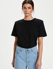 Gestuz - JoryGZ tee - t-shirts - black - 0