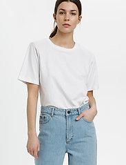 Gestuz - JoryGZ tee - t-shirts - bright white - 0