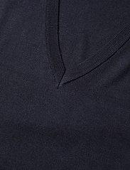 Gestuz - ThelmaGZ long waistcoat SO21 - strikkjoler - navy melange - 6